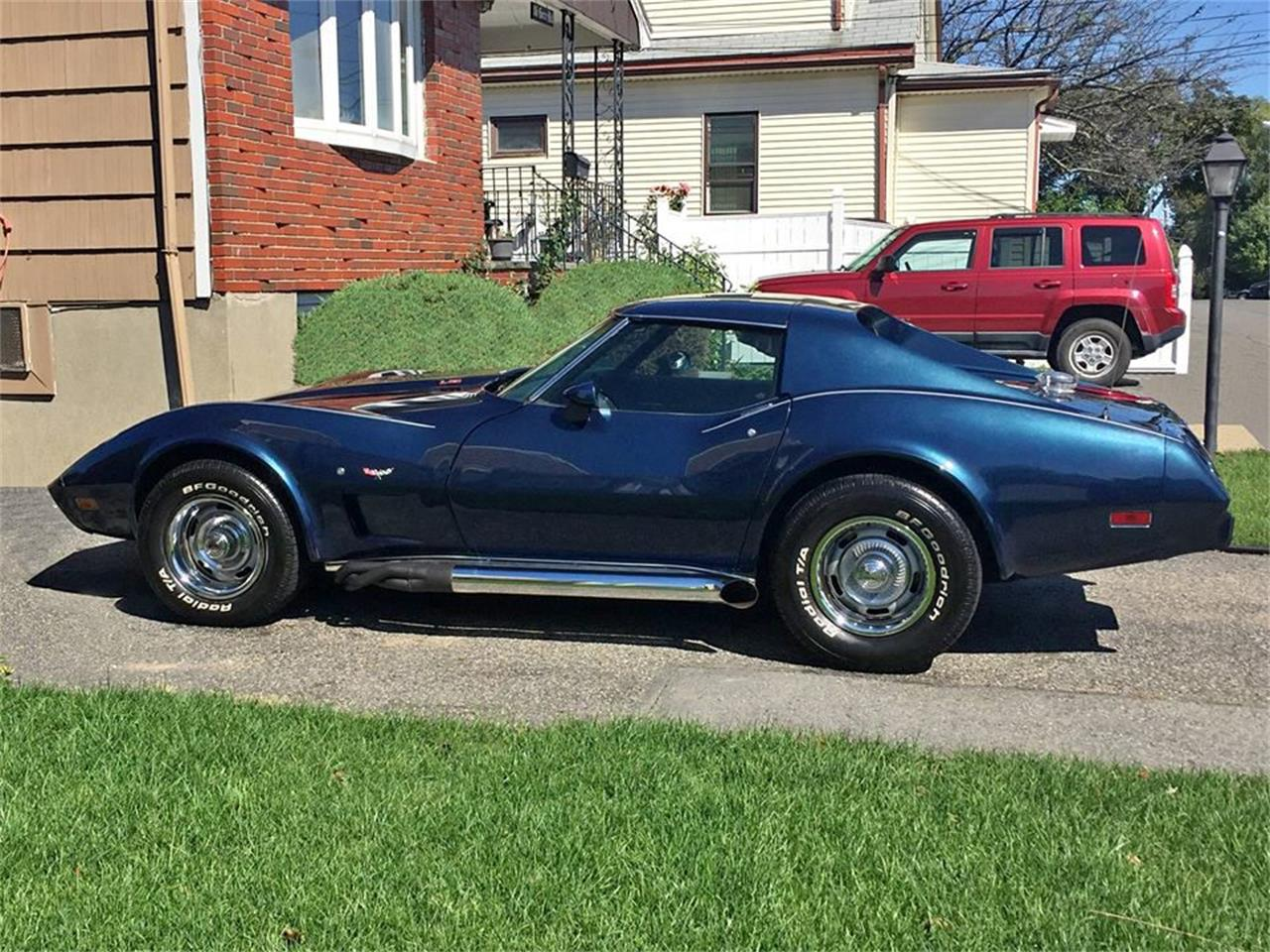 Large Picture of '77 Corvette - OHXW