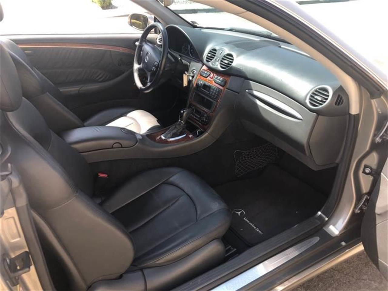 Large Picture of '04 Mercedes-Benz CLK Offered by Highline Motorsports - OHXX