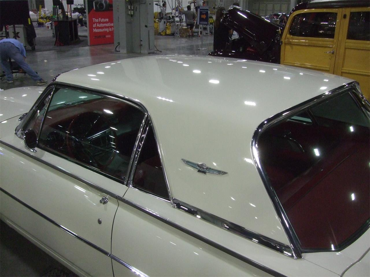 Large Picture of '62 Thunderbird - OHZJ