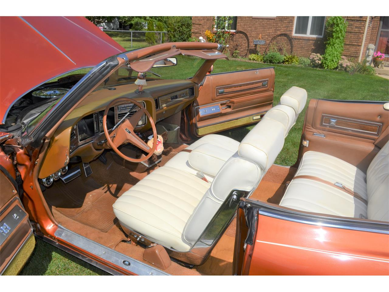 Large Picture of '75 Pontiac Grand Ville located in Indiana - $17,500.00 - OI2B