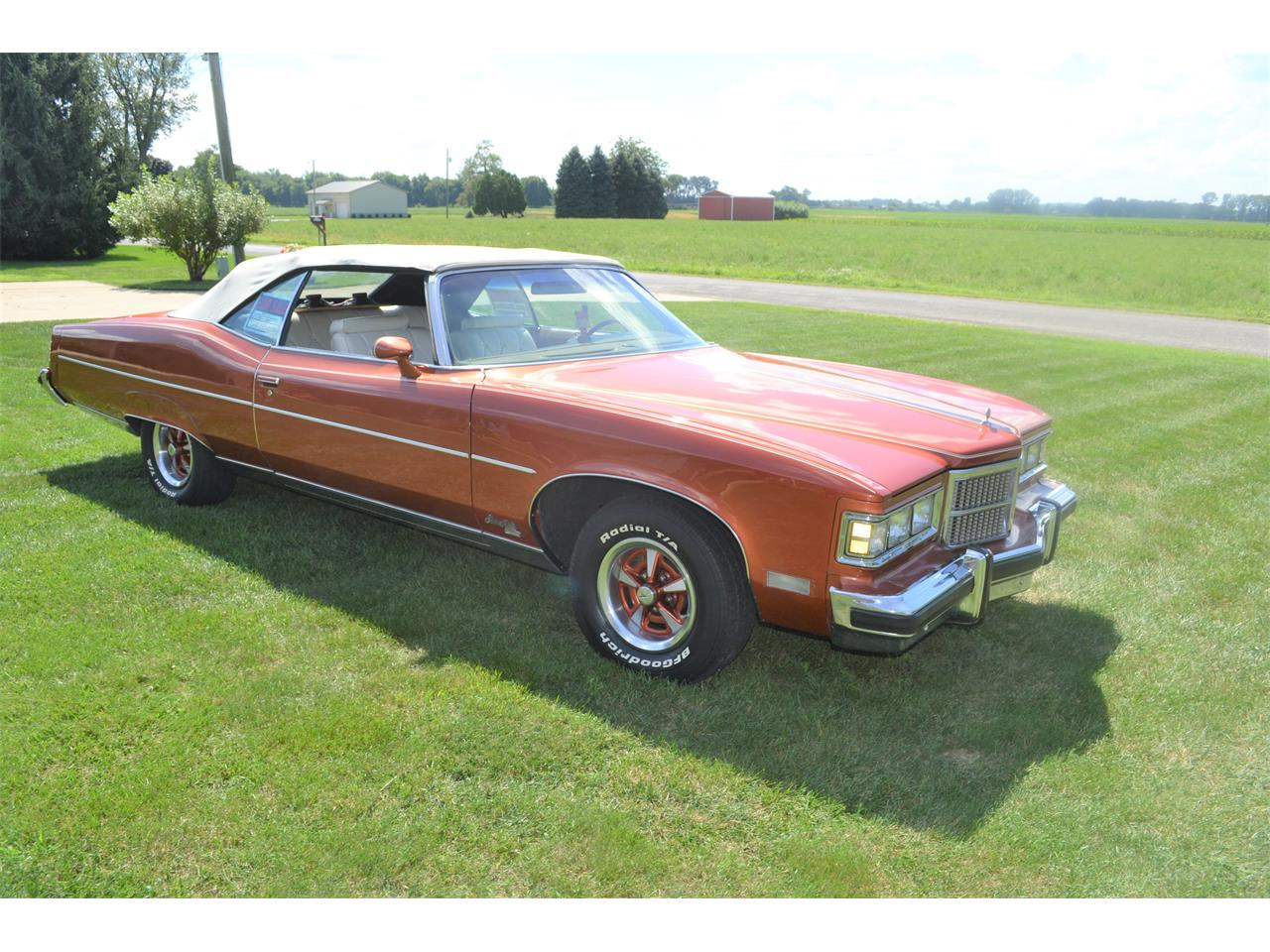 Large Picture of 1975 Pontiac Grand Ville located in Indiana - $17,500.00 Offered by a Private Seller - OI2B