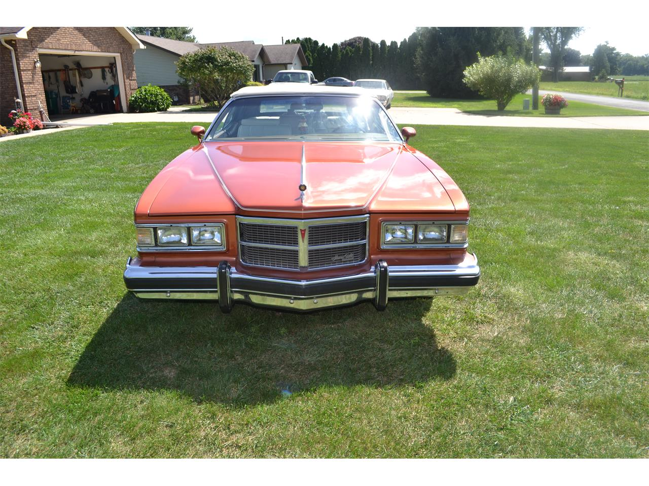 Large Picture of '75 Pontiac Grand Ville located in Indiana - OI2B