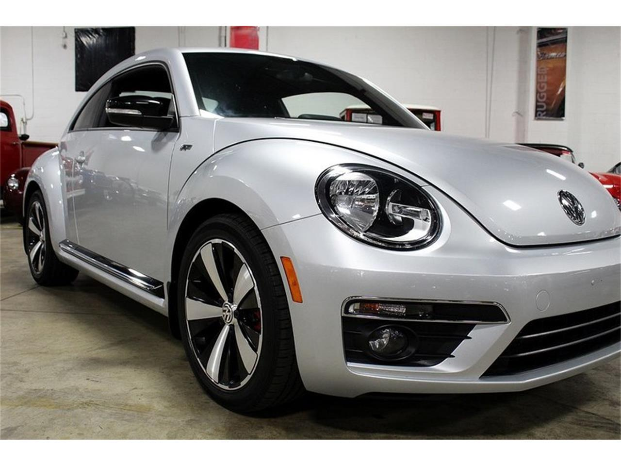 Large Picture of 2014 Volkswagen Beetle Offered by GR Auto Gallery - OIFD