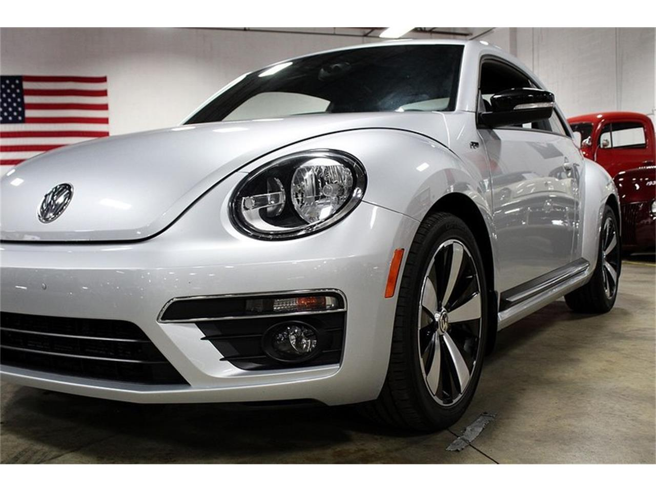 Large Picture of 2014 Volkswagen Beetle located in Kentwood Michigan - $15,900.00 - OIFD