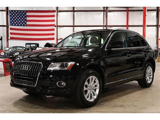 Picture of 2017 Audi Q5 located in Kentwood Michigan Offered by  - OIFS