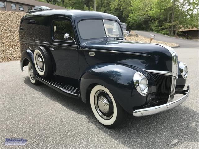 1941 Ford Sedan