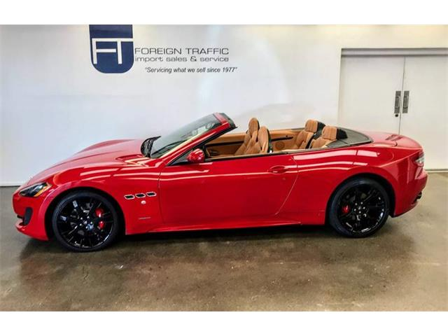 Picture of 2015 Maserati GranTurismo located in Pennsylvania - OILG