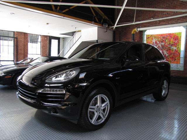 Picture of 2013 Porsche Cayenne - OIMD