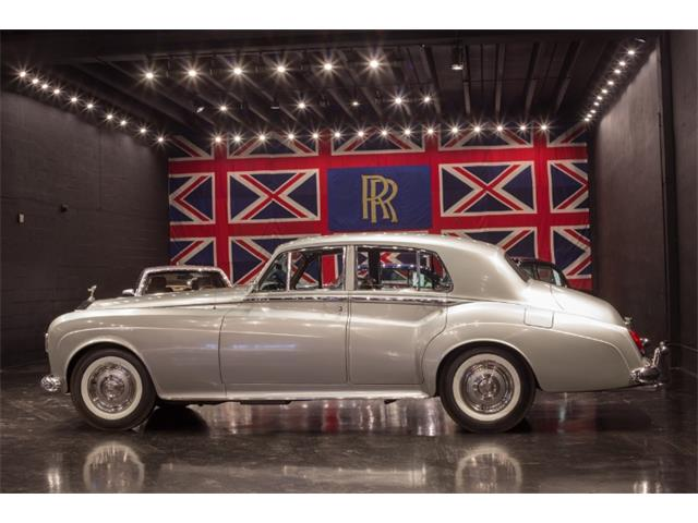 Picture of Classic 1964 Silver Cloud III Auction Vehicle Offered by  - OIMY