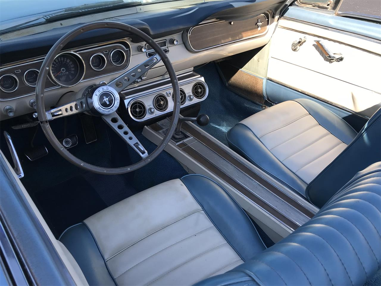Large Picture of '65 Mustang - OIOX