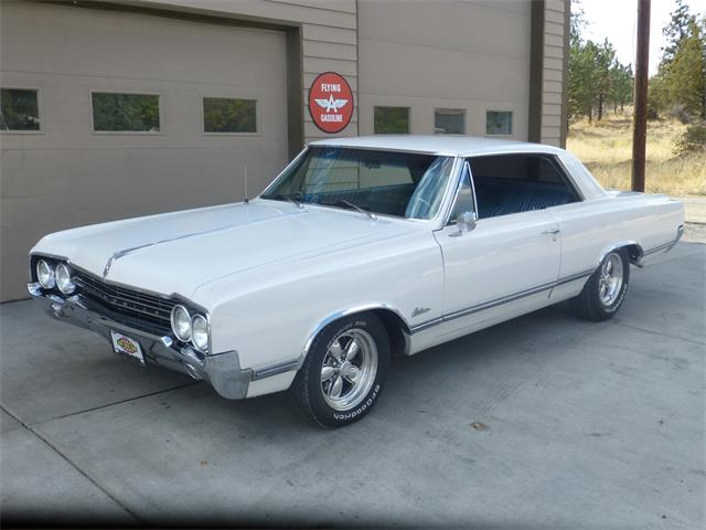 Picture of '65 Cutlass - OIPR