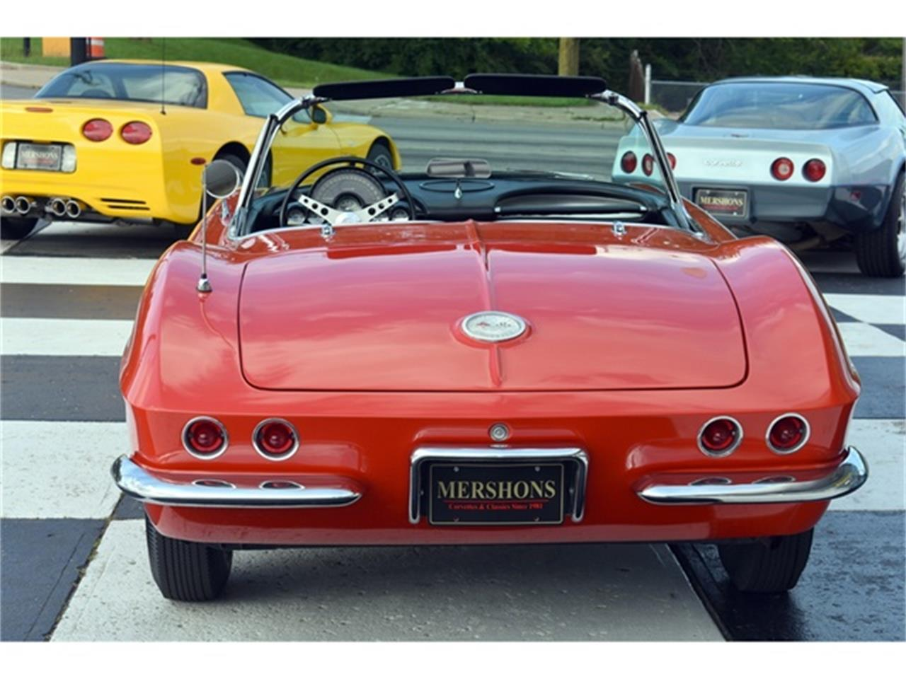Large Picture of '61 Corvette Offered by Mershon's - OIUF