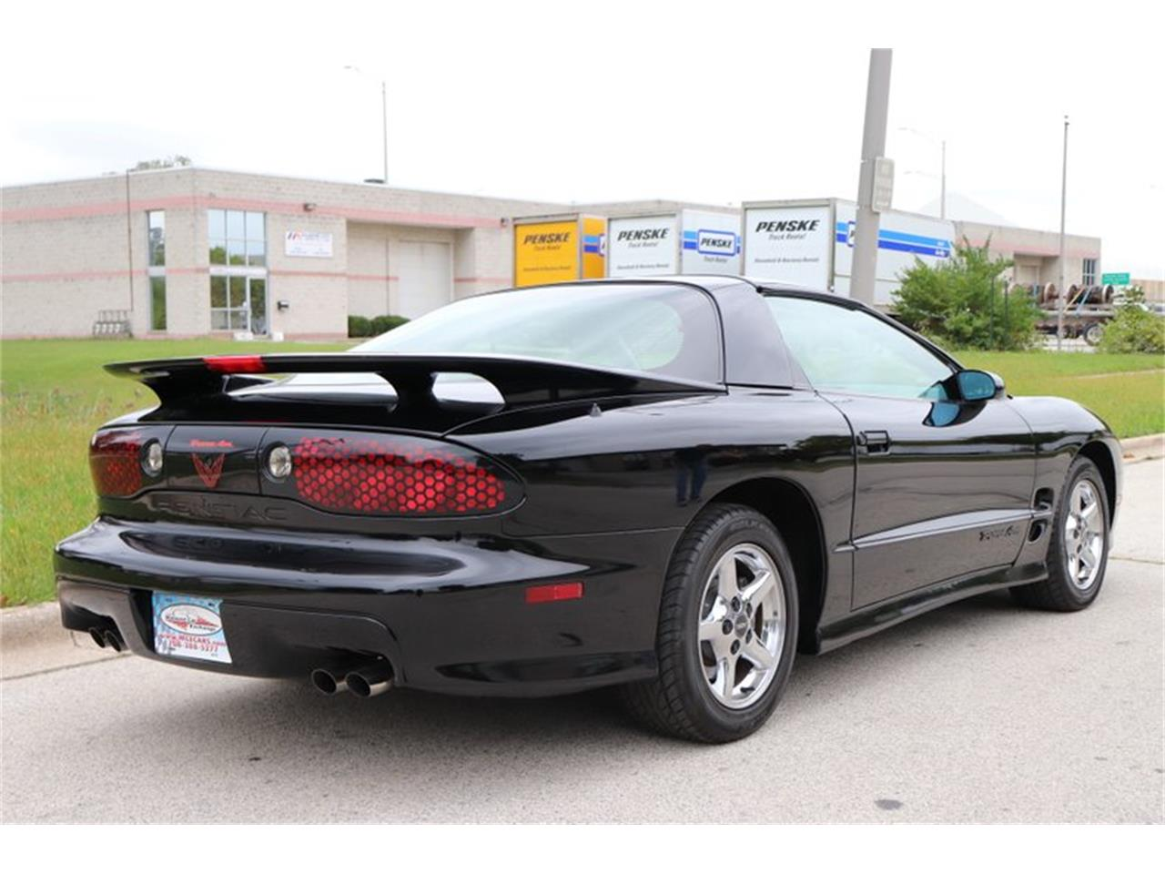 Large Picture of 1998 Firebird Trans Am - $16,900.00 Offered by Midwest Car Exchange - OIXQ