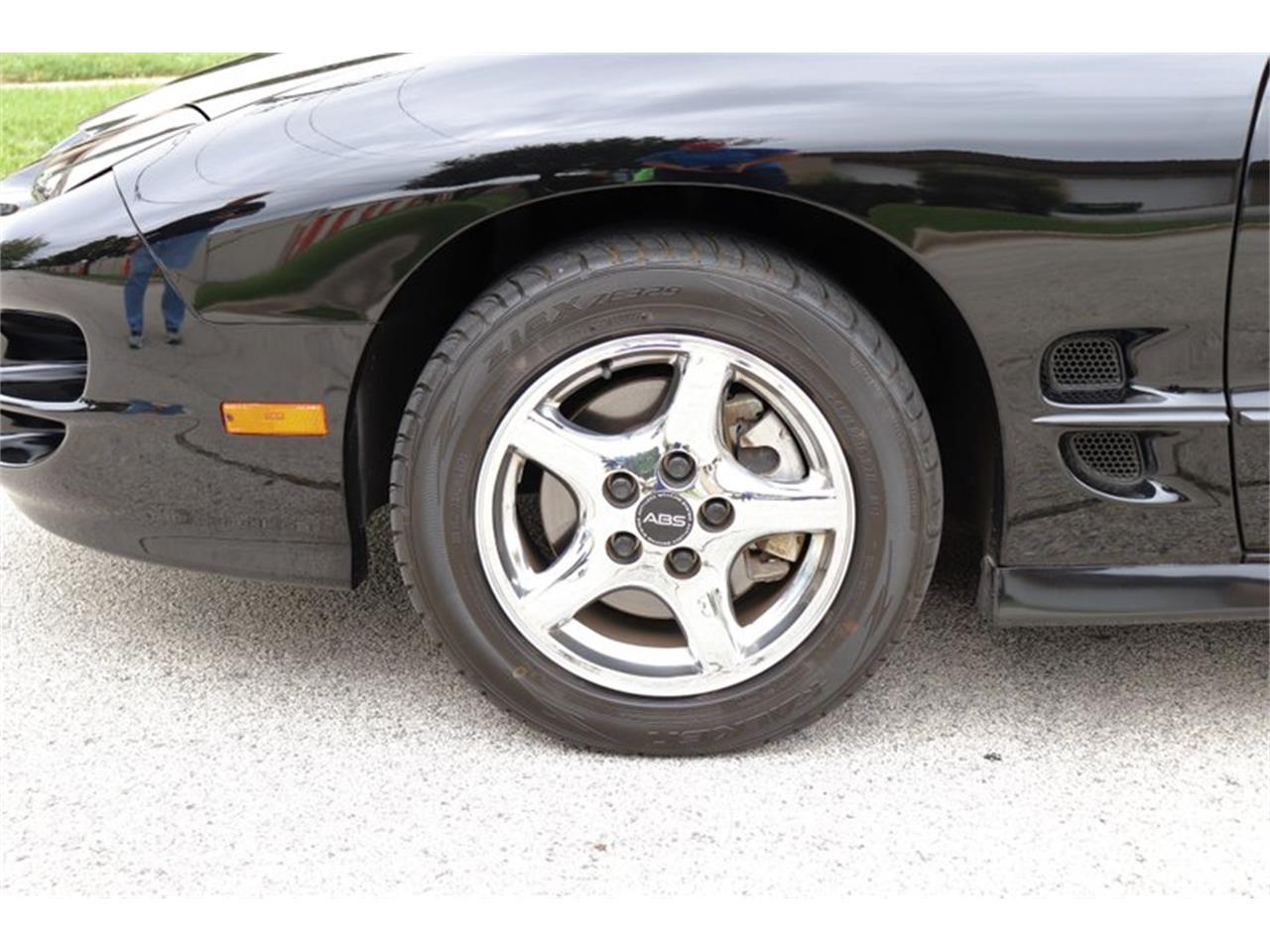Large Picture of '98 Firebird Trans Am Offered by Midwest Car Exchange - OIXQ