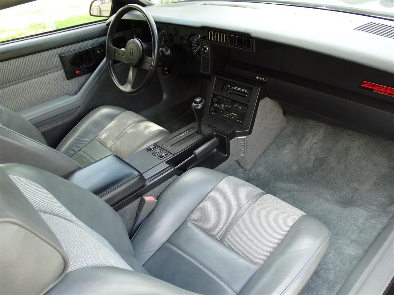 Large Picture of '88 Camaro IROC Z28 - OJ1P