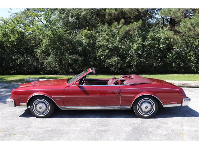 Picture of '83 Buick Riviera - OJ8T
