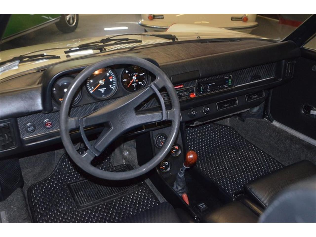 Large Picture of '73 Porsche 914 located in Lebanon Tennessee Offered by Frazier Motor Car Company - OJAC