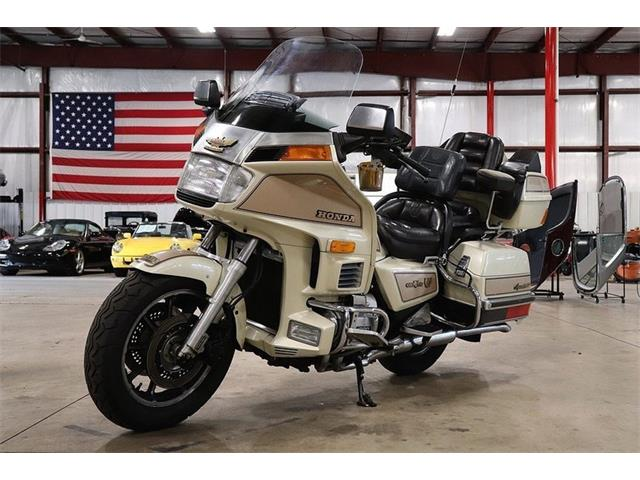 Picture of '86 Goldwing - OJI9