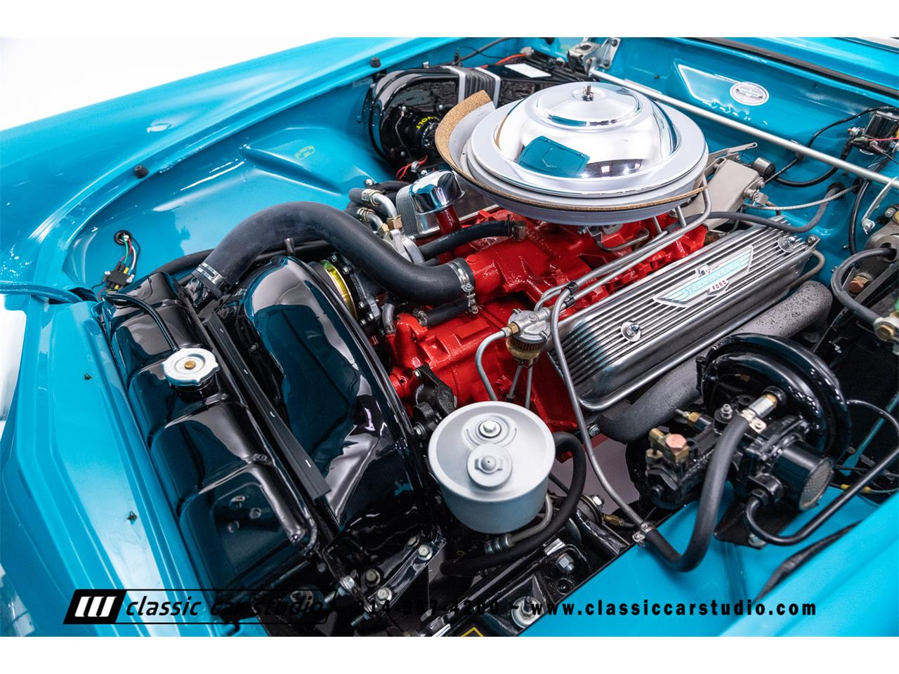 Large Picture of '56 Thunderbird - OJO2
