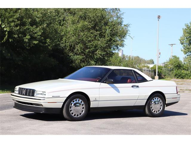 Picture of '93 Cadillac Allante located in Alsip Illinois - OJQZ