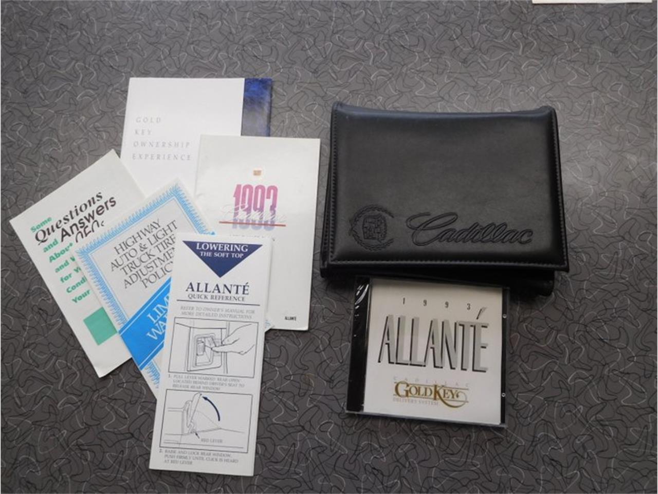 Large Picture of '93 Allante - OJQZ