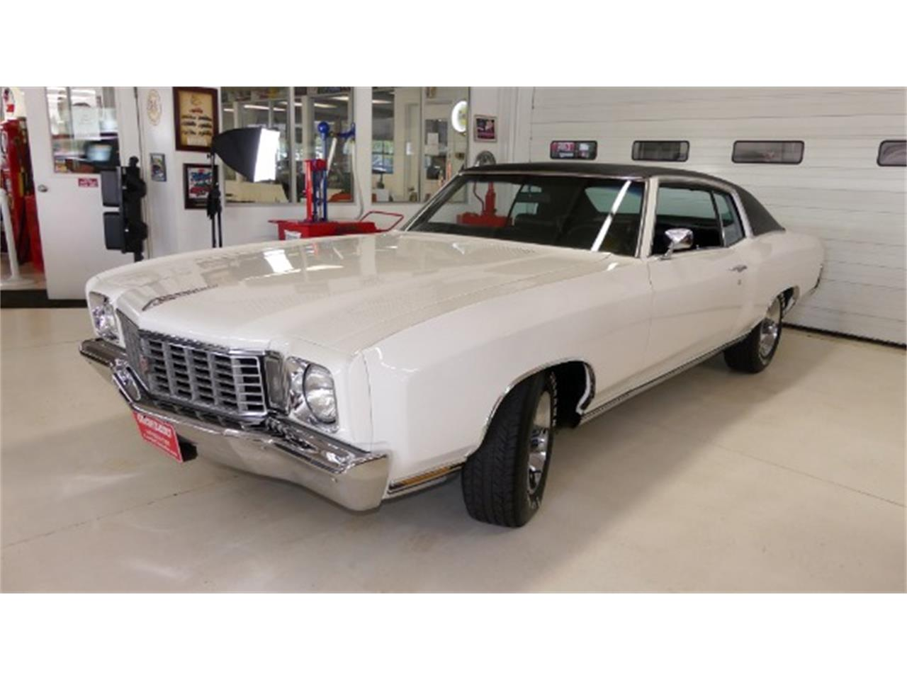 Large Picture of Classic '72 Monte Carlo - OG2T
