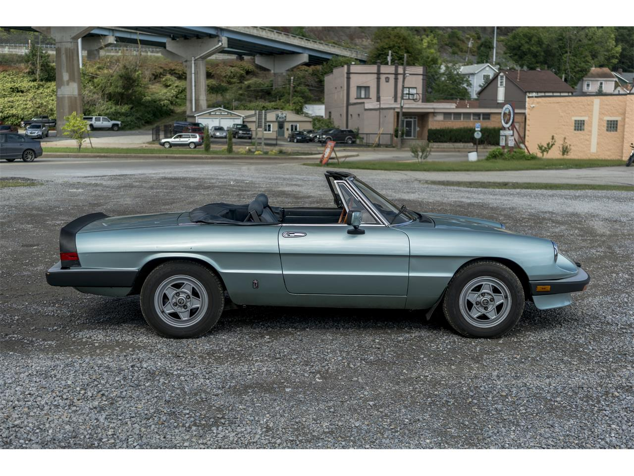 Large Picture of 1983 2000 Spider Veloce located in Pennsylvania Offered by Fort Pitt Classic Cars - OK5K