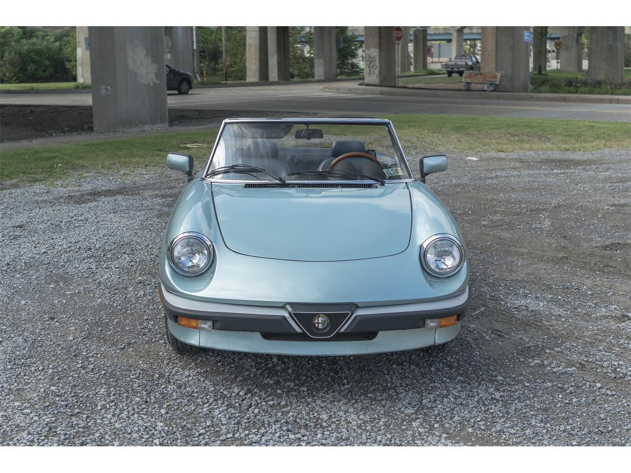 Large Picture of 1983 2000 Spider Veloce located in Sharpsburg Pennsylvania - OK5K