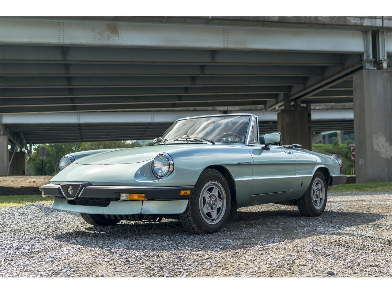 Large Picture of '83 Alfa Romeo 2000 Spider Veloce located in Sharpsburg Pennsylvania - OK5K