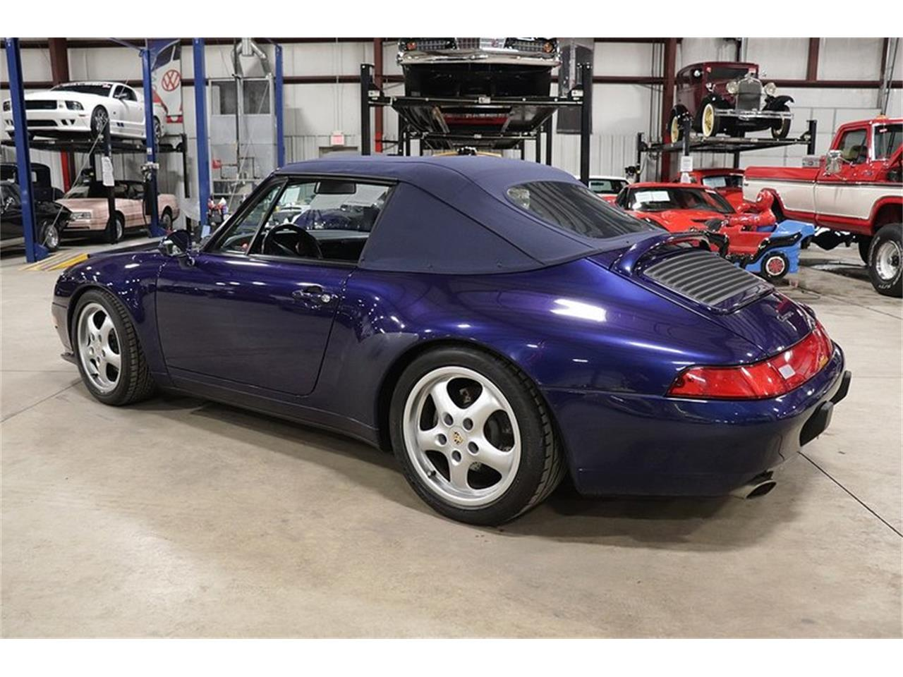 Large Picture of 1996 911 located in Kentwood Michigan Offered by GR Auto Gallery - OFOC