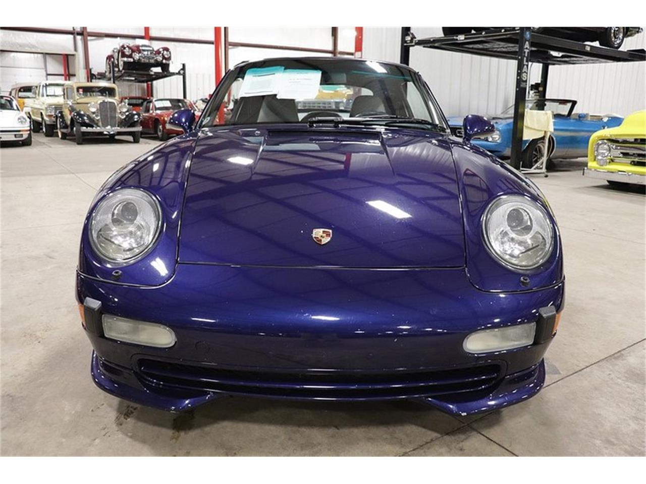 Large Picture of 1996 Porsche 911 located in Kentwood Michigan - OFOC