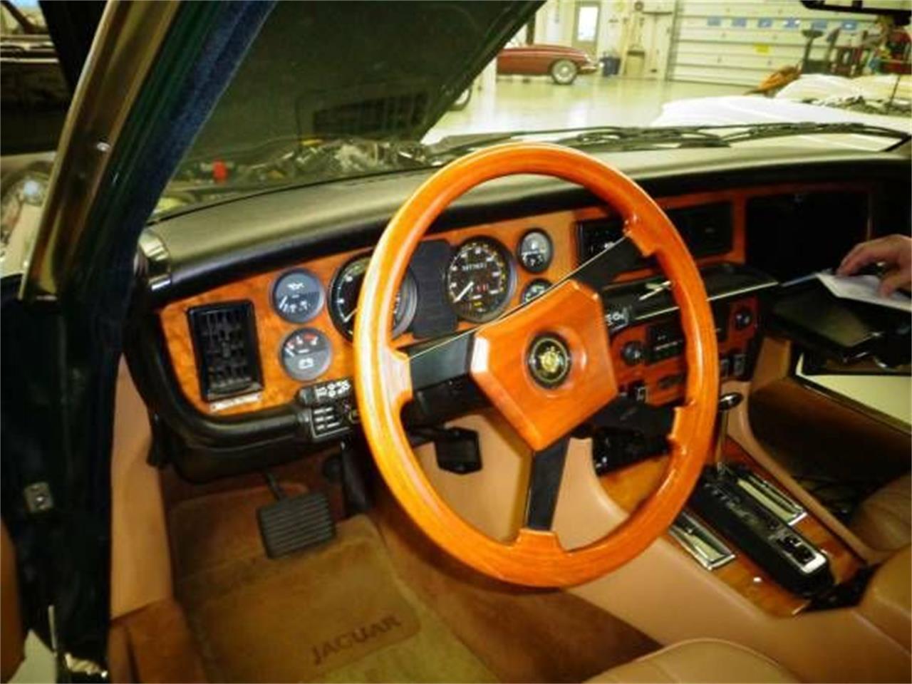 Large Picture of '86 XJ6 - OKOA