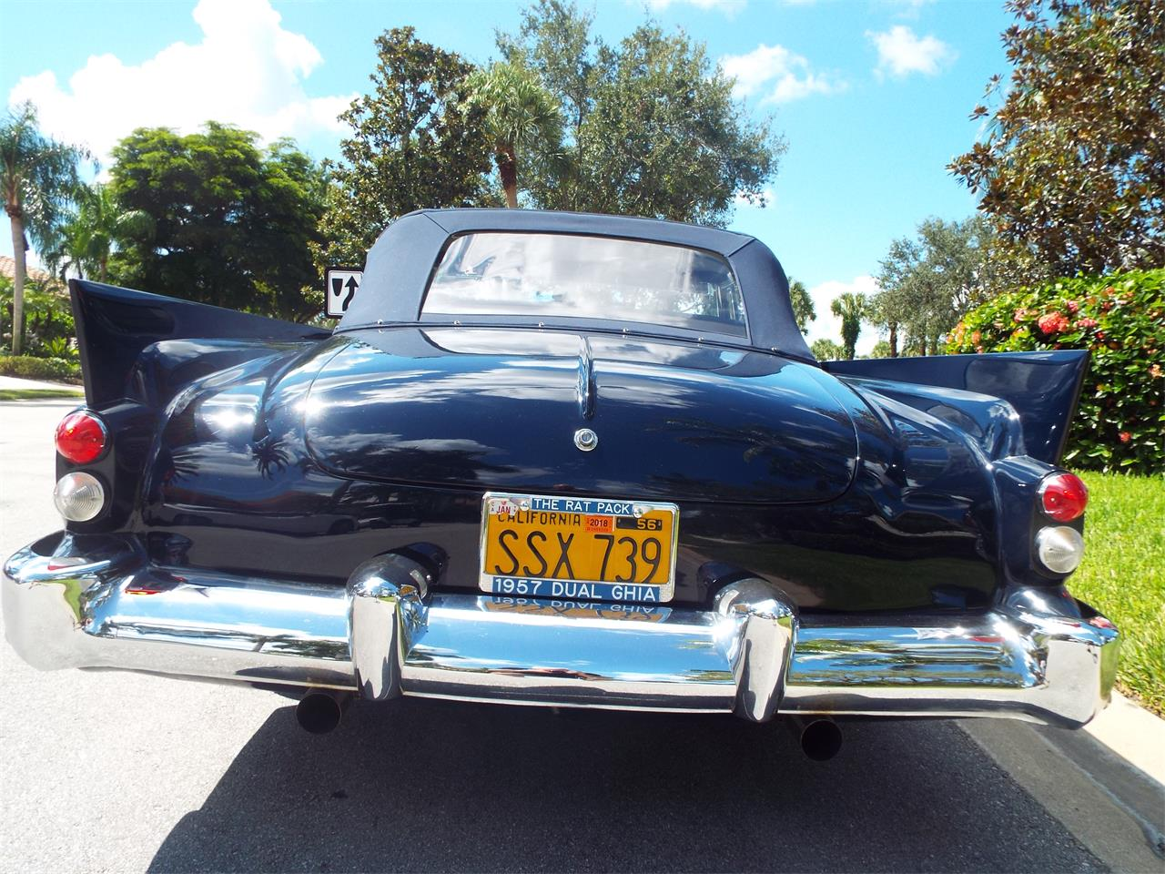 Large Picture of '57 Convertible - OKVH