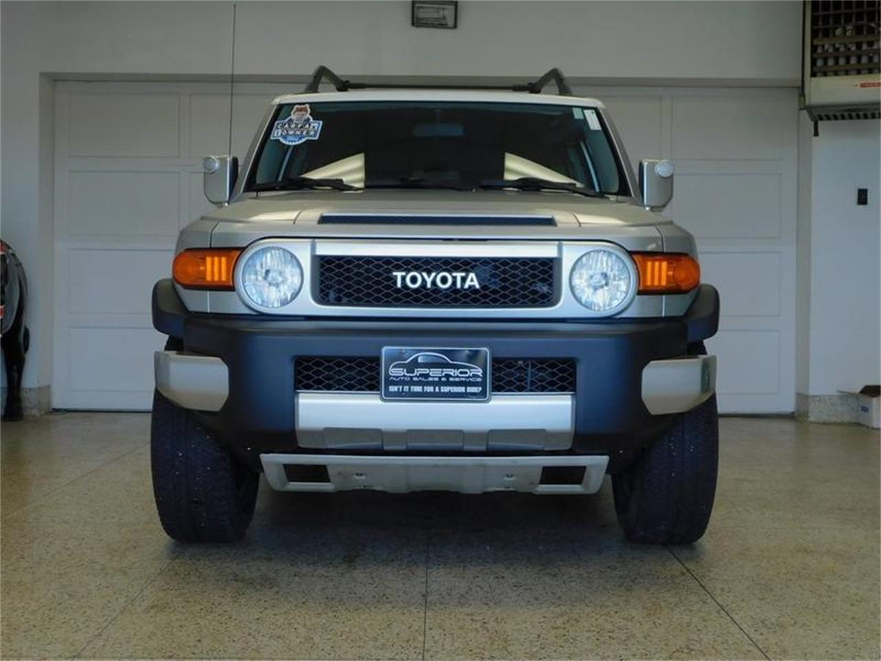Large Picture of '07 FJ Cruiser located in New York Offered by Superior Auto Sales - OKX8