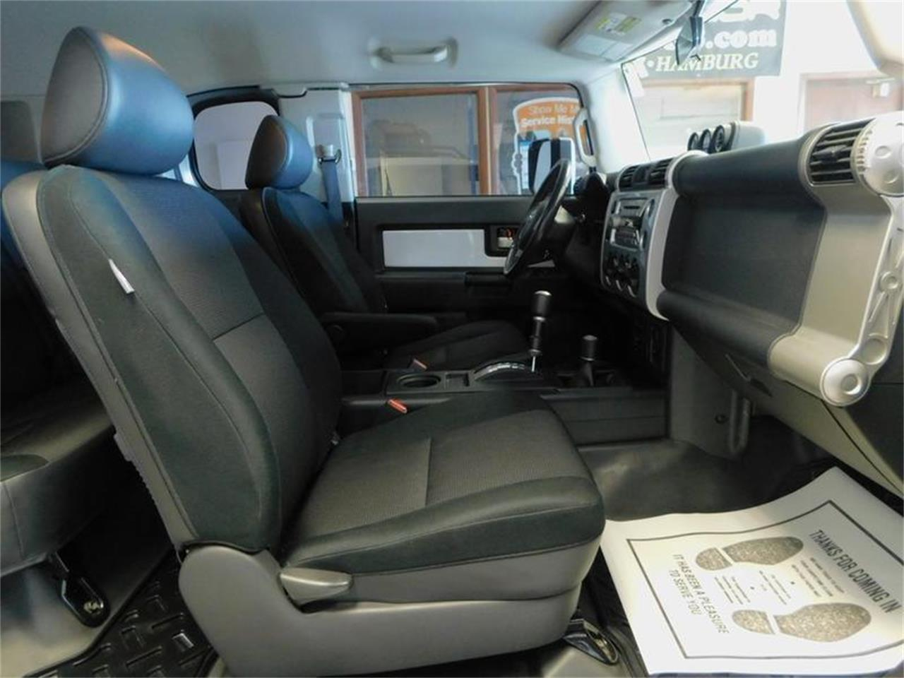 Large Picture of 2007 Toyota FJ Cruiser Offered by Superior Auto Sales - OKX8