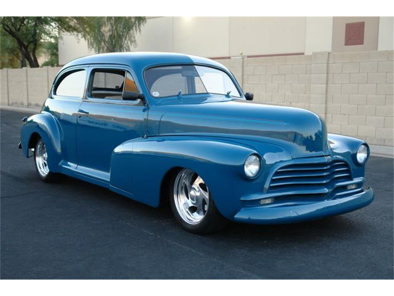 Large Picture of '46 Sedan - OL84