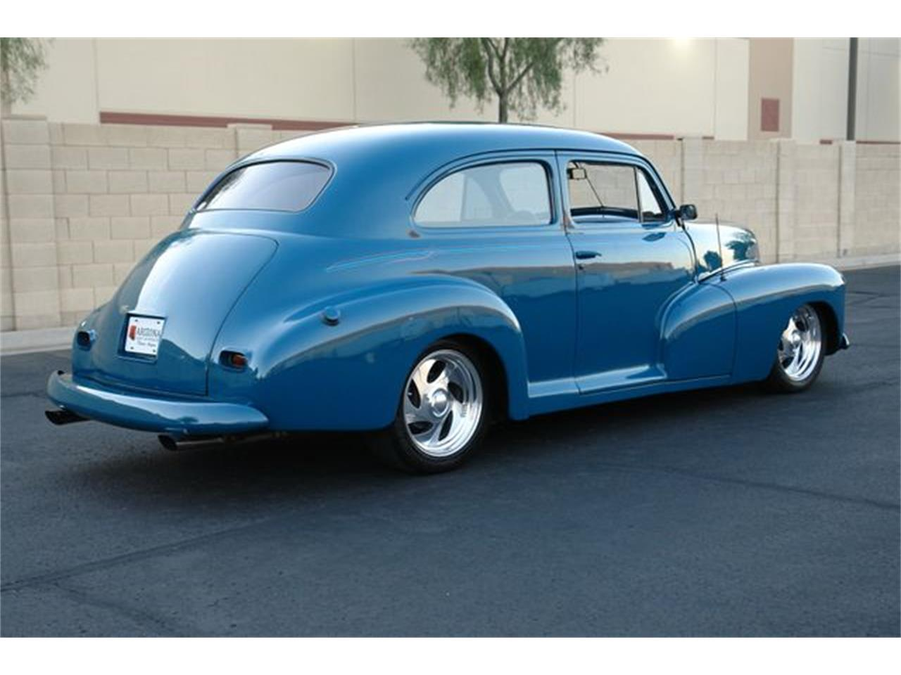 Large Picture of '46 Sedan - OL84