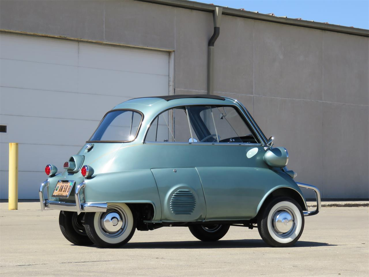 Large Picture of '58 Isetta - OLJZ