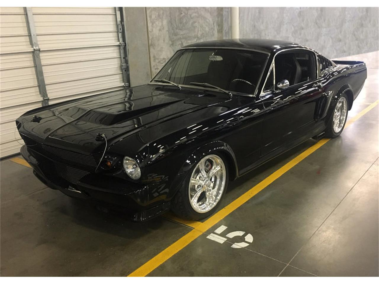 Large Picture of Classic 1965 Mustang - OLR9