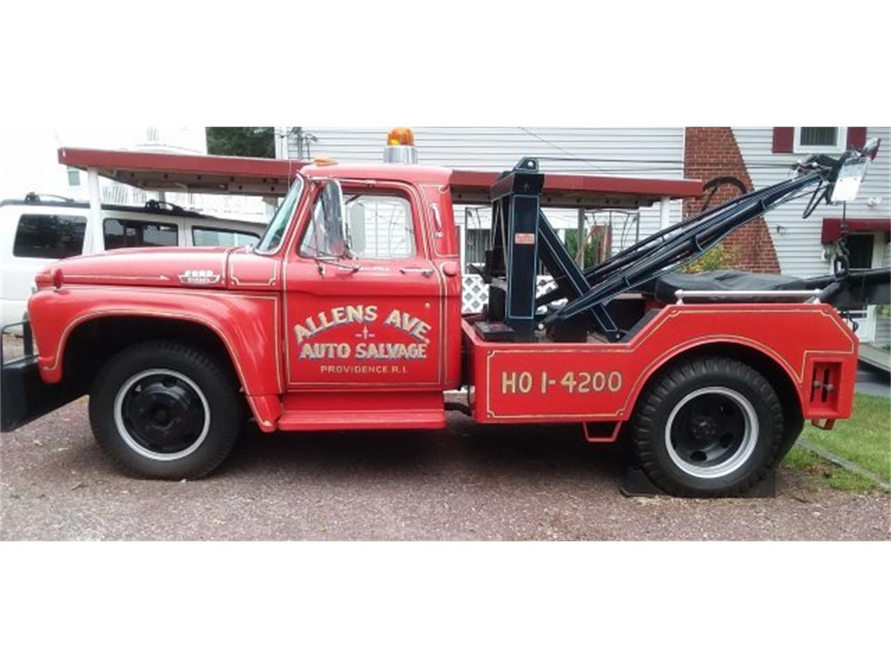 Large Picture of Classic 1965 Ford F600 located in Hanover Massachusetts Offered by CARuso Classic Cars - OLZY