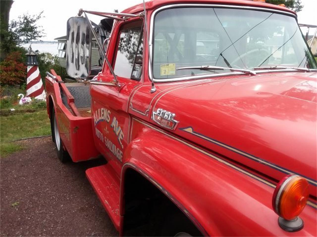 Large Picture of Classic '65 Ford F600 - $19,500.00 Offered by CARuso Classic Cars - OLZY