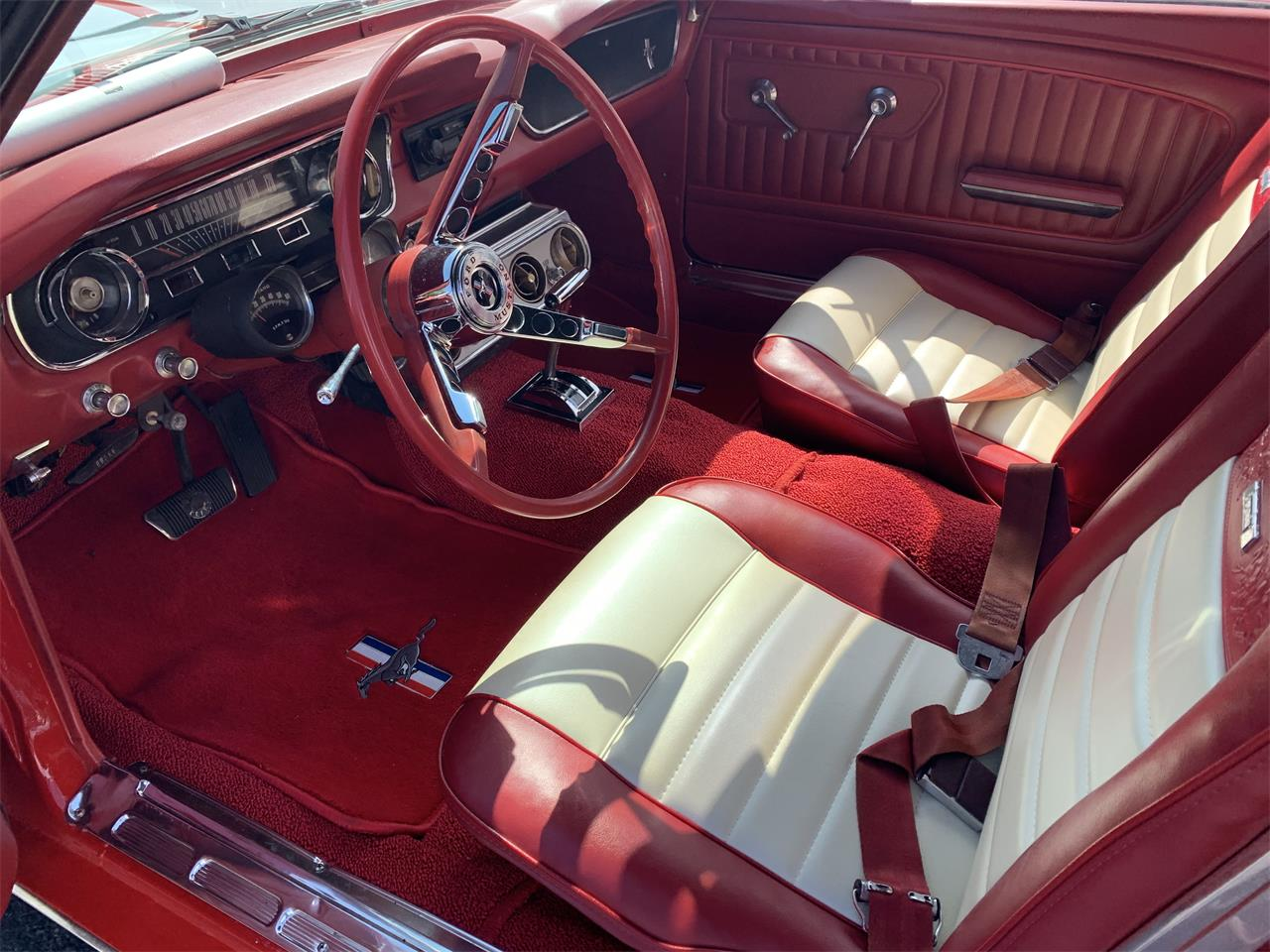 Large Picture of '65 Mustang - OM4X