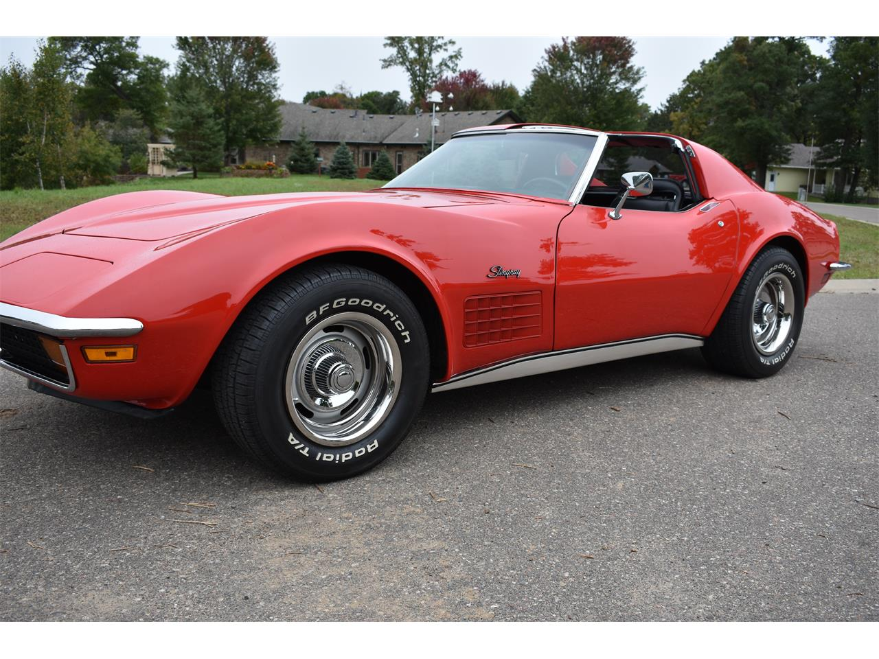 Large Picture of '72 Corvette located in Minnesota - OMCE