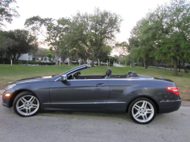 Picture of '13 Mercedes-Benz E-Class located in Florida Offered by  - OFP6