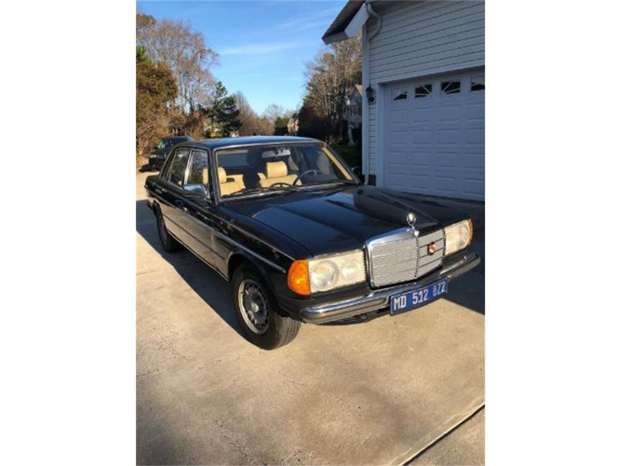 Large Picture of '80 Mercedes-Benz 300D - ON89
