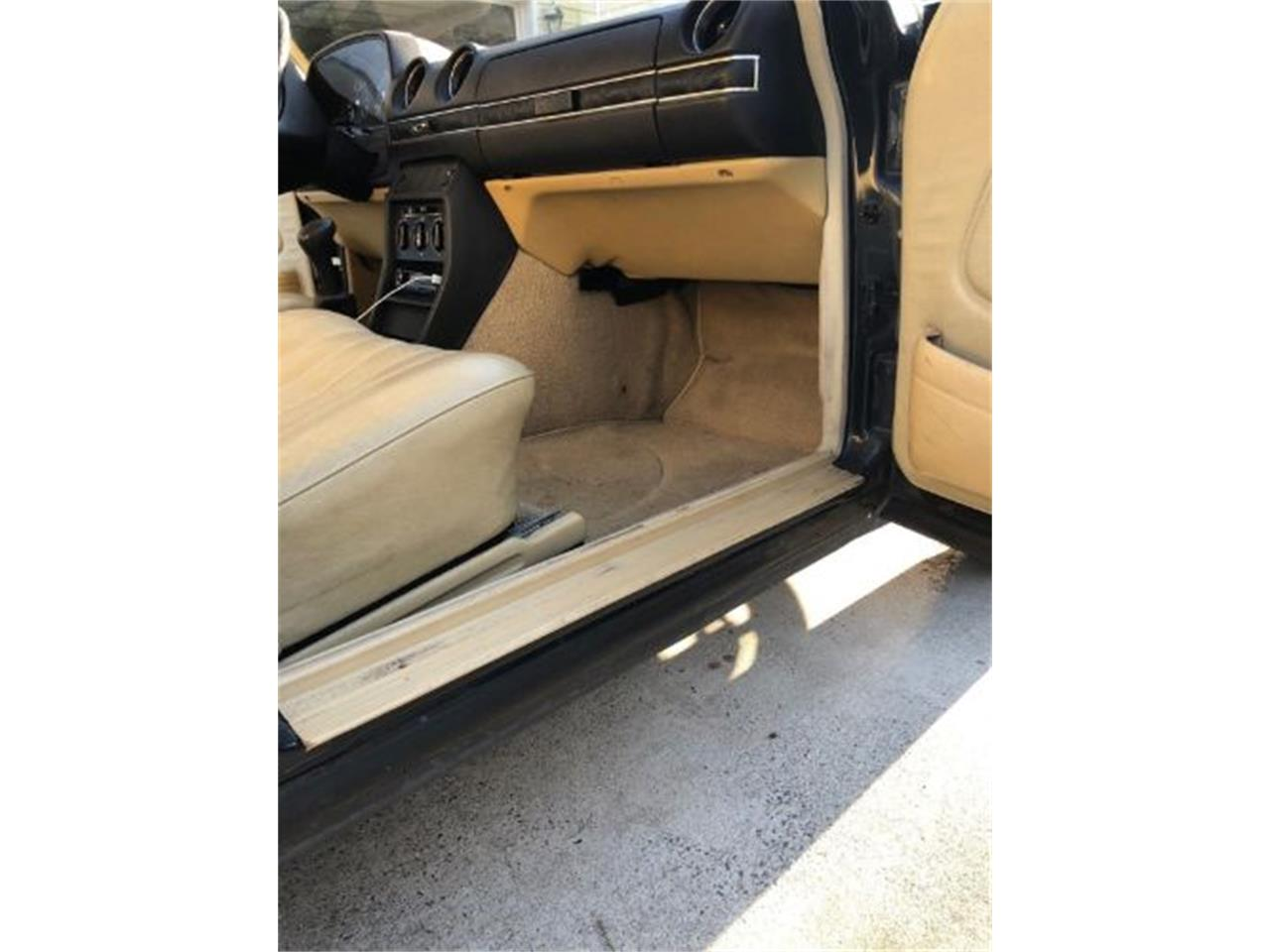 Large Picture of 1980 300D located in Michigan - $7,395.00 Offered by Classic Car Deals - ON89