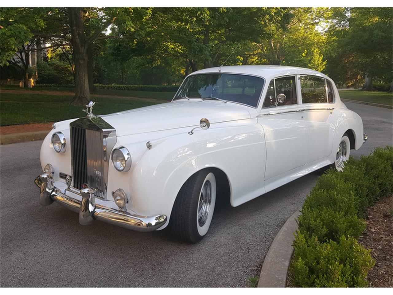 Large Picture of Classic '62 Bentley S2 located in Dallas Texas Auction Vehicle Offered by Leake Auction Company - OO67