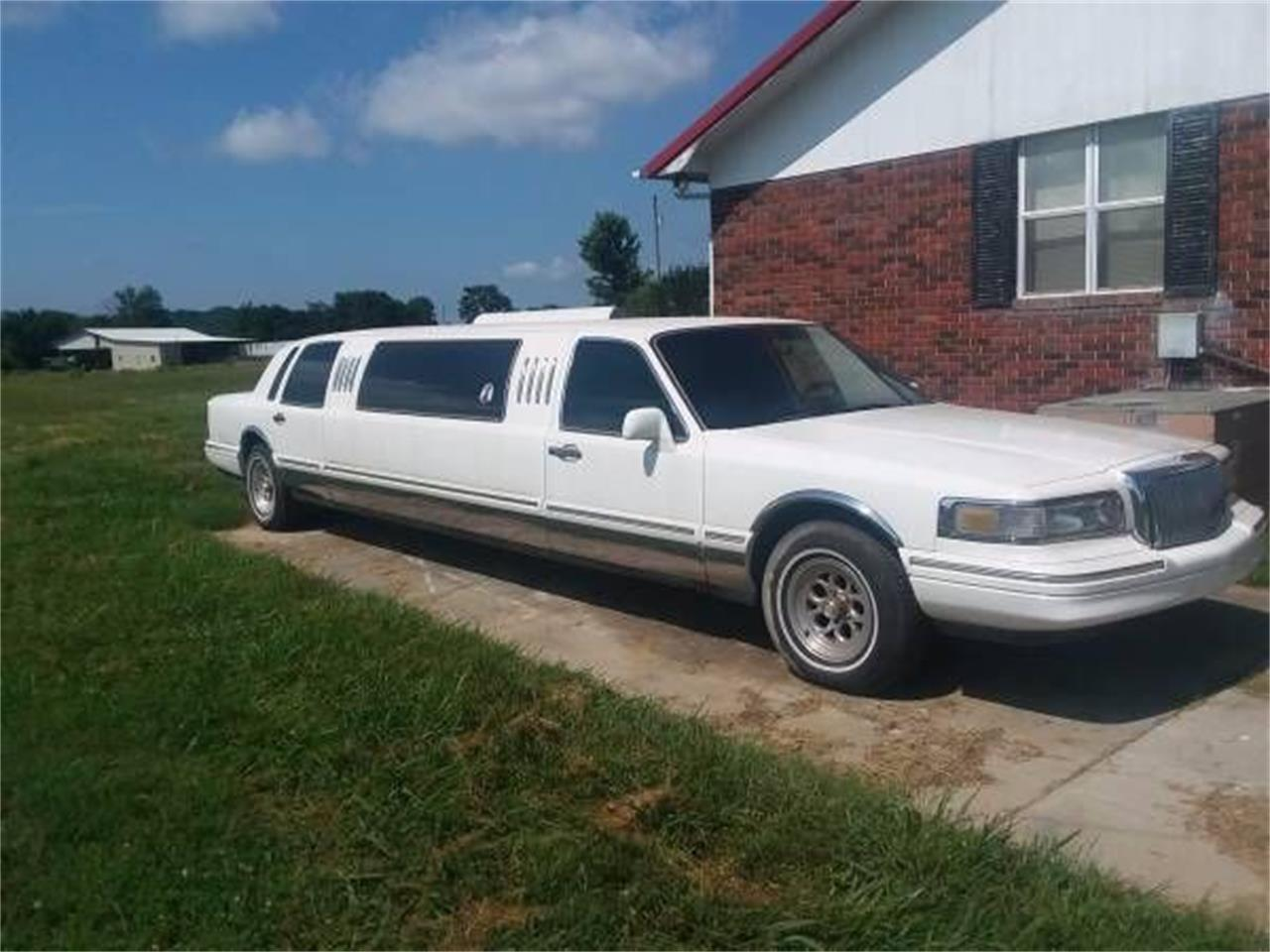 Limousine For Sale >> 1997 Lincoln Limousine For Sale Classiccars Com Cc 1151381