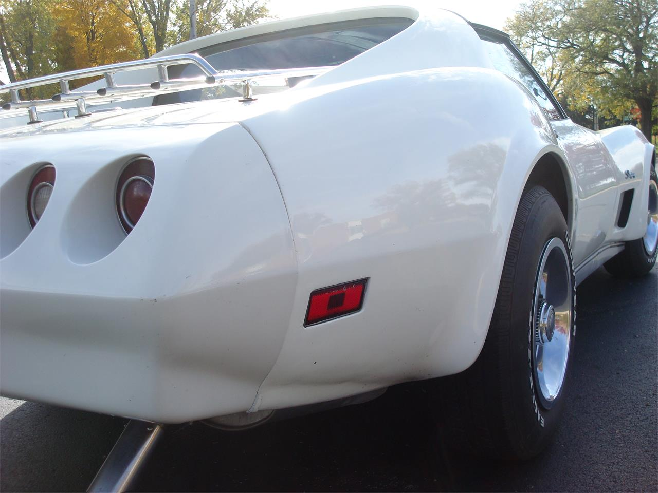 Large Picture of '74 Corvette - OOF3