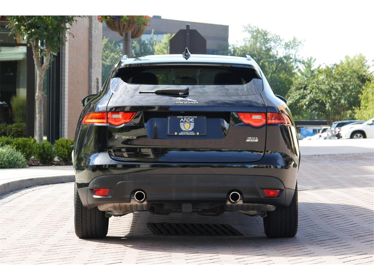 Large Picture of '17 Jaguar F-PACE located in Brentwood Tennessee - OOIB